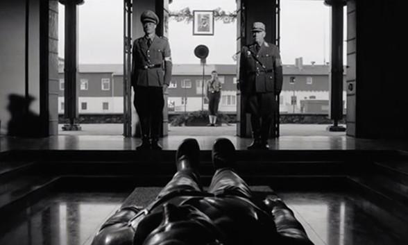 Heimat, une chronique allemande - Film 4 : Fuite et retour / A l'arrière comme au front (1938-1943)